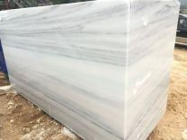 white-marble-block-with-gray-veins-500x500